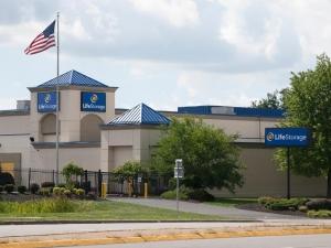 Life Storage - Buffalo - Sheridan Drive Facility at  1275 Sheridan Dr, Buffalo, NY