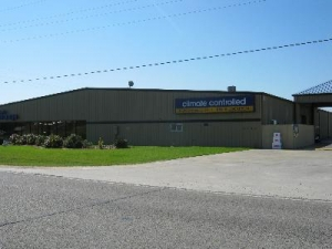 Uncle Bob's Self Storage - Port Arthur - 9595 Us-69