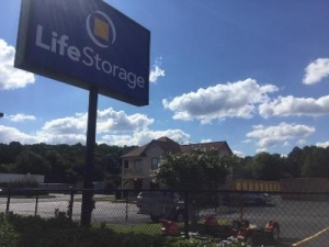 Life Storage - Madison - Madison Boulevard - Photo 5