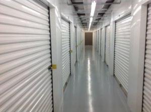 Life Storage - Mobile - Photo 8