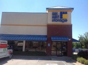 Uncle Bob's Self Storage - Auburn - S College St
