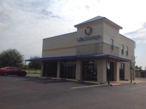 Life Storage - Montgomery - South Arrowhead Drive