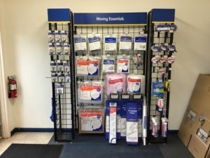 Life Storage - Cincinnati - Robertson Avenue - Photo 3
