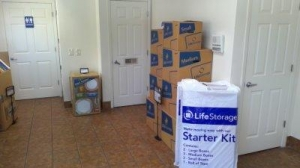Life Storage - Tampa - West Hillsborough Avenue - Photo 3