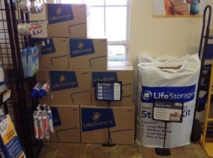 Life Storage - Columbus - Evanswood Drive - Photo 7