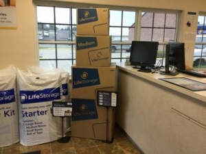 Life Storage - Columbus - Evanswood Drive - Photo 8