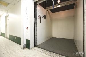 Enterprise Self Storage-Glendale - Photo 8