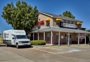 Storage Choice - Mira Vista Facility at  5600 Bryant Irvin Rd, Fort Worth, TX