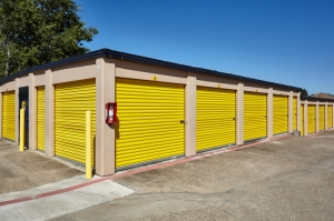Image of Storage Choice - Arlington Facility on 1601 Harwell Dr  in Arlington, TX - View 3