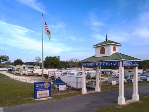 Southern Self Storage - The Villages Facility at  4150 East County Road 466, Oxford, FL