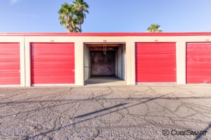 CubeSmart Self Storage - Tucson - 3899 N Oracle Rd - Photo 3