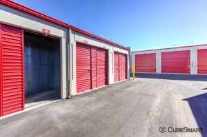 Image of CubeSmart Self Storage - Tucson - 2424 North Oracle Road Facility on 2424 North Oracle Road  in Tucson, AZ - View 4