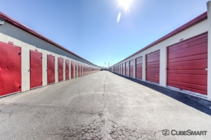 Image of CubeSmart Self Storage - Tucson - 975 S Prudence Rd Facility on 975 S Prudence Rd  in Tucson, AZ - View 2