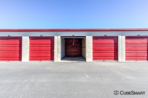 Image of CubeSmart Self Storage - Tucson - 975 S Prudence Rd Facility on 975 S Prudence Rd  in Tucson, AZ - View 3