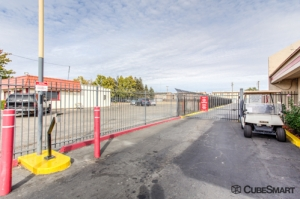 CubeSmart Self Storage - Sacramento - 7245 55th St - Photo 5
