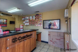 CubeSmart Self Storage - Citrus Heights - Photo 7
