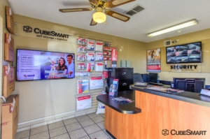CubeSmart Self Storage - Albuquerque - 11801 Montgomery Blvd Ne - Photo 7