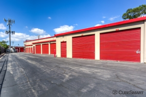 CubeSmart Self Storage - Long Beach - Photo 3