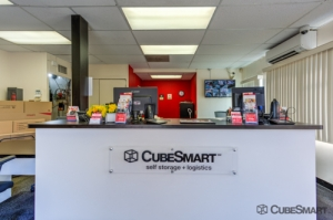 CubeSmart Self Storage - Long Beach - Photo 7
