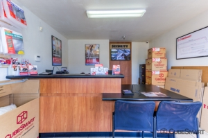CubeSmart Self Storage - Santa Ana - Photo 8