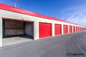 CubeSmart Self Storage - Las Vegas - 2645 S Nellis Blvd - Photo 3