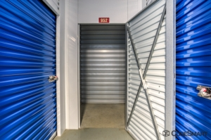 CubeSmart Self Storage - Fredericksburg - 8716 Jefferson Davis Highway - Photo 5