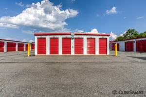 CubeSmart Self Storage - Fredericksburg - 8716 Jefferson Davis Highway - Photo 8