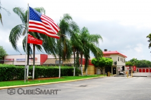 CubeSmart Self Storage - Miami - 15120 Ne 6th Ave - Photo 2