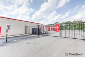 Image of CubeSmart Self Storage - Cranford Facility on 601 South Ave E  in Cranford, NJ - View 4