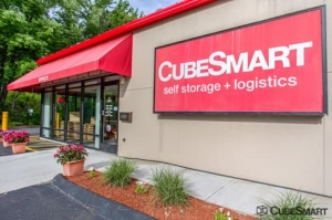 CubeSmart Self Storage - Bloomfield - 522 Cottage Grove Rd Facility at  522 Cottage Grove Rd, Bloomfield, CT