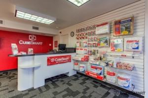 CubeSmart Self Storage - Glendale - Photo 7