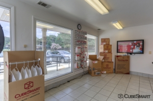 CubeSmart Self Storage - Decatur - 3831 Redwing Circle - Photo 3