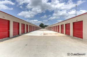 CubeSmart Self Storage - Decatur - 3831 Redwing Circle - Photo 4
