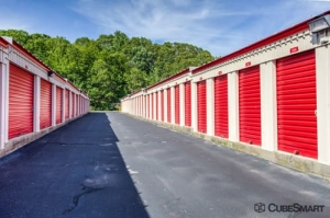 Image of CubeSmart Self Storage - Gales Ferry Facility on 1501 Route 12  in Gales Ferry, CT - View 4