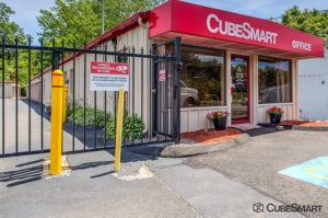 CubeSmart Self Storage - Branford - Photo 1