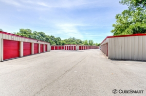 CubeSmart Self Storage - Branford - Photo 5