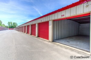 CubeSmart Self Storage - Branford - Photo 6