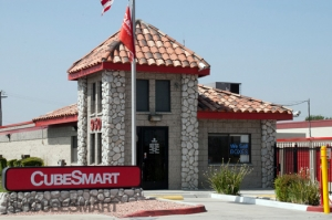 CubeSmart Self Storage - San Bernardino - 950 North Tippecanoe Ave - Photo 1