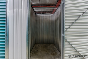 CubeSmart Self Storage - West Palm Beach - 4200 Forest Hill Blvd - Photo 6