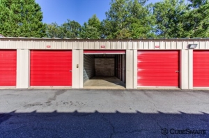Image of CubeSmart Self Storage - California Facility on 22465 Indian Bridge Rd  in California, MD - View 3