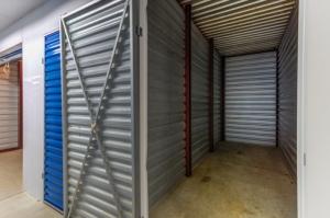 CubeSmart Self Storage - Gaithersburg - 8001 Snouffer School Rd - Photo 4