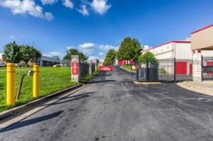 CubeSmart Self Storage - Gaithersburg - 8001 Snouffer School Rd - Photo 6