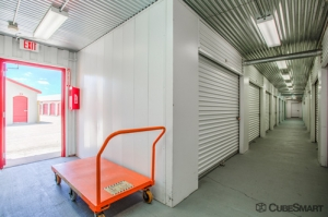 CubeSmart Self Storage - Aurora - 3606 Gabrielle Lane - Photo 6