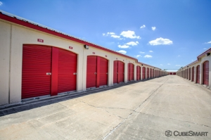 CubeSmart Self Storage - Aurora - 3606 Gabrielle Lane - Photo 7