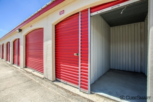 CubeSmart Self Storage - Aurora - 3606 Gabrielle Lane - Photo 10