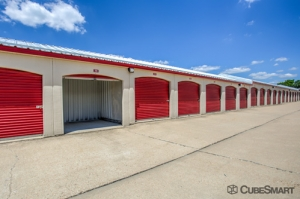 CubeSmart Self Storage - Aurora - 3606 Gabrielle Lane - Photo 11