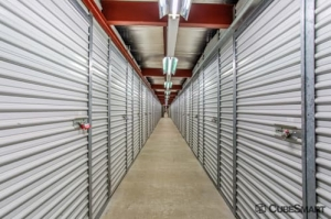 Image of CubeSmart Self Storage - Hanover Park Facility on 25W630 Army Trail Road  in Hanover Park, IL - View 4