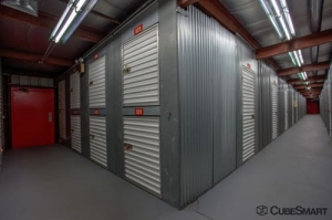 CubeSmart Self Storage - Elk Grove Village - Photo 5