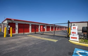 CubeSmart Self Storage - Elk Grove Village - Photo 7
