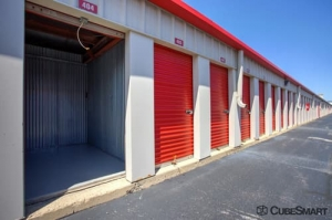 CubeSmart Self Storage - Elk Grove Village - Photo 9